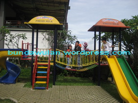 the playground at Cimory